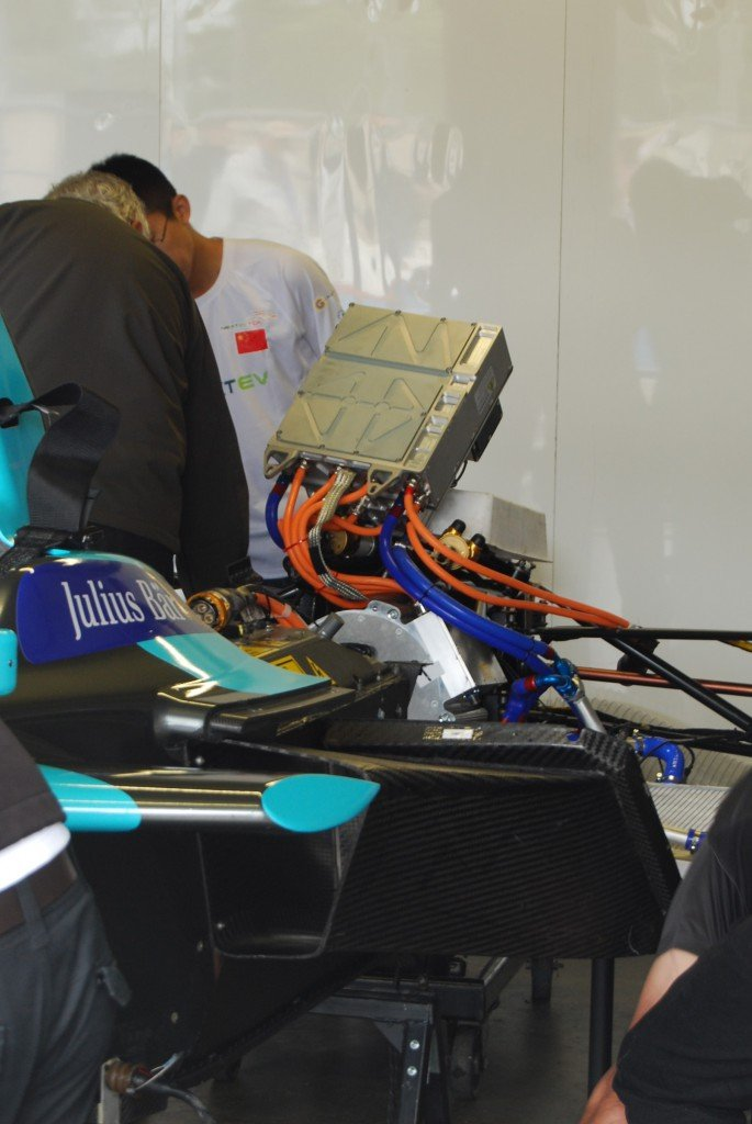 Here you can see the top of their motors, which visibly have a much bigger diameter than last season's.