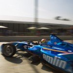 Robin Frijns exits the garage on his debut Formula E weekend