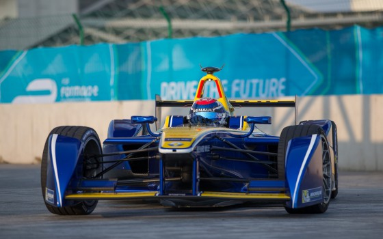 Buemi on top in first Beijing practice