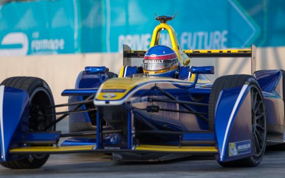 Prost tops second Punta del Este free practice