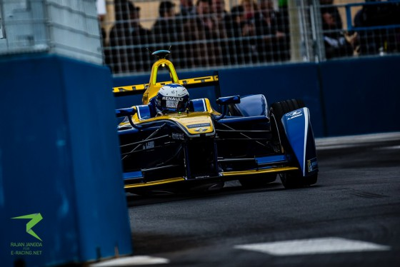 Closed Circuit: Renault e.dams in Paris