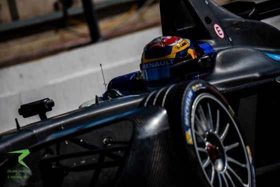 Buemi tops opening day of testing