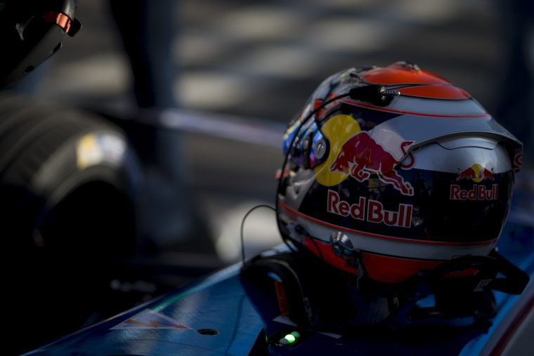 Drivers set for qualifying in Buenos Aires