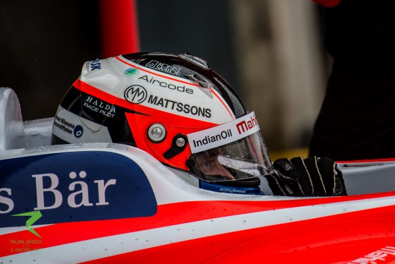 Rosenqvist aims for rookie win