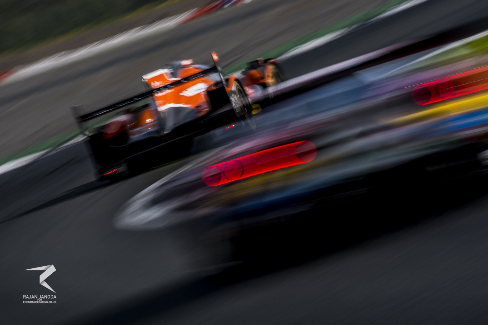 Maggots demonstrating that LMP2 is by no means slow