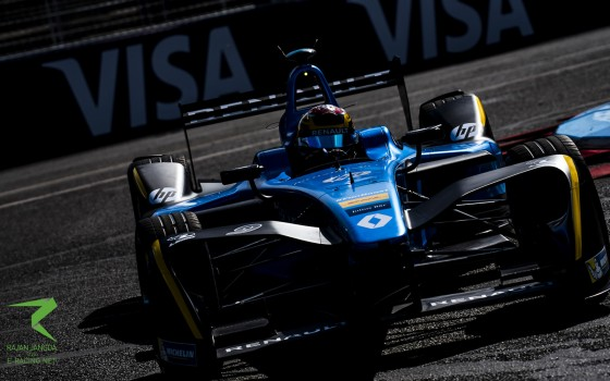 Buemi expands championship lead in Paris-style