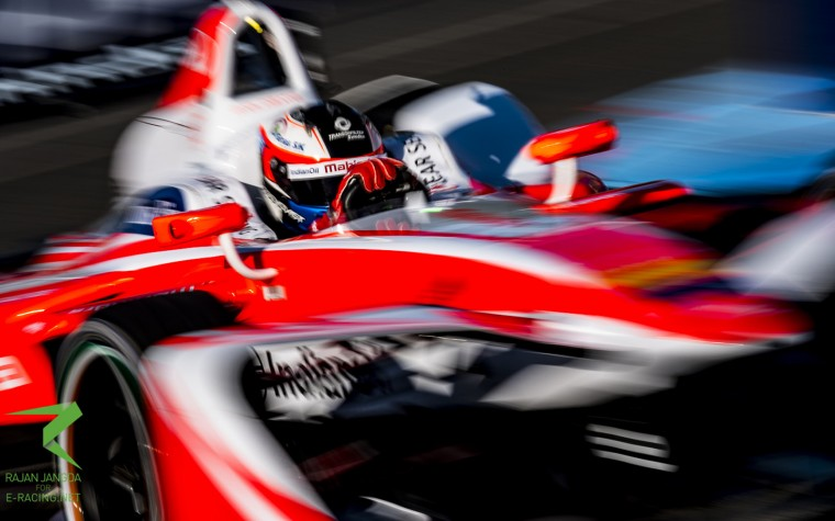 Rosenqvist rallies to the lead in FP2