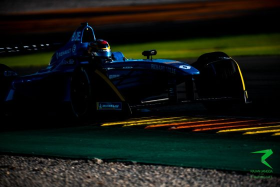 Buemi whitewashes day two of pre-season testing