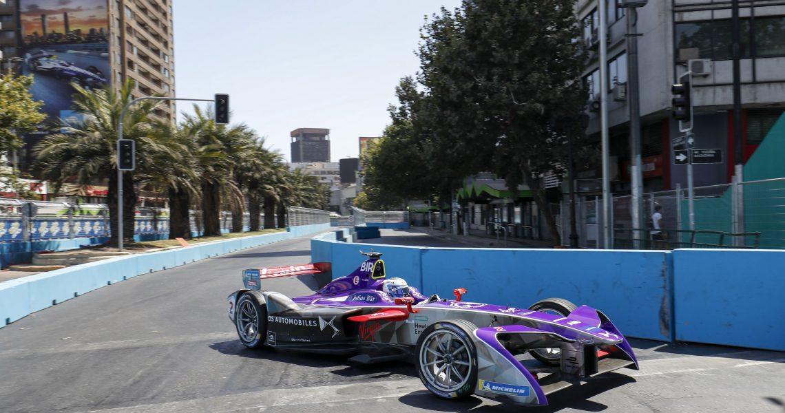 Sam Bird tops FP1 in slippery Santiago