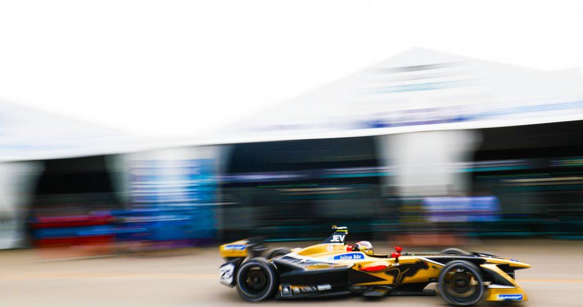 Vergne takes pole in crash-strewn Santiago qualifying