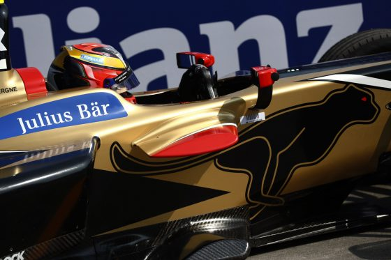 Vergne takes title lead in Santiago thriller