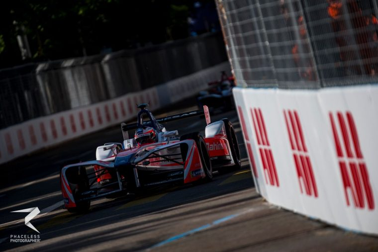 Rosenqvist fastest in frenetic second practice