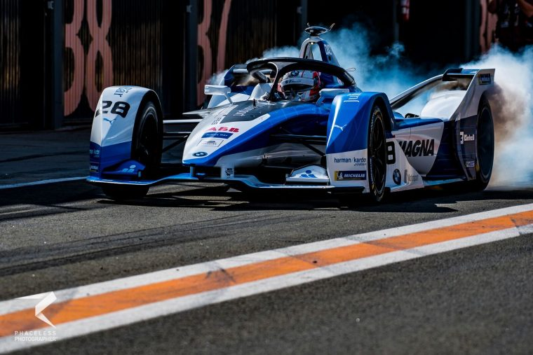 da Costa keeps BMW on top into second morning