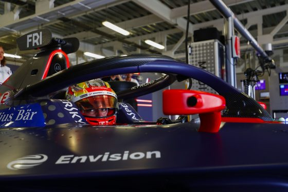 Frijns leads FP2 with late effort