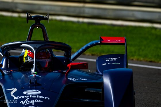Frijns leads the way on second morning