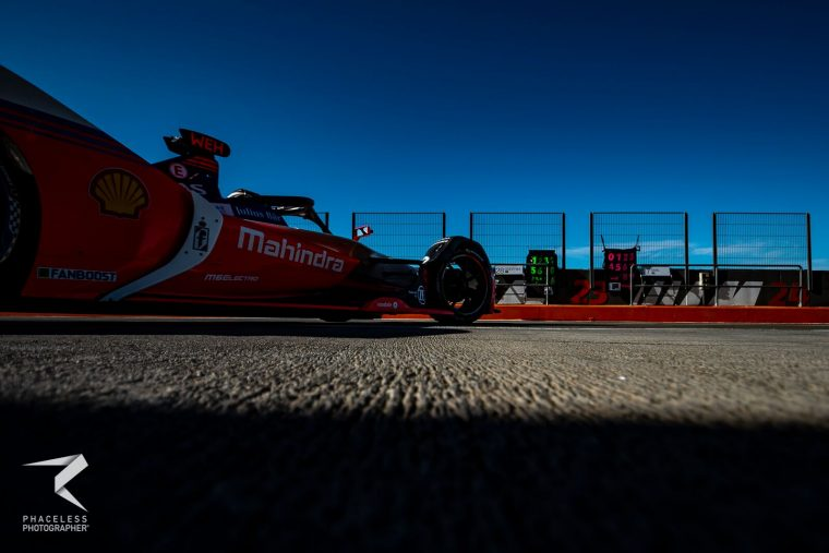 Wehrlein breaks lap record; Sims shunts at chicane