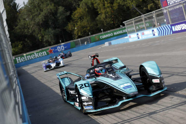 Evans flies high in Santiago's topsy-Turvey qualifying