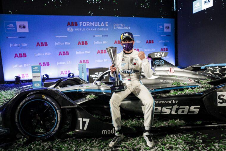 Under the Lights of the Riyadh Street Circuit Nyck De Vries Shines